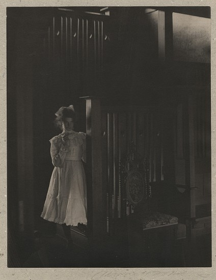 Clarence H. White ,   Untitled  ,  c.1905     Vintage platinum print ,  9 1/4 x 7 1/4 in. (23.5 x 18.4 cm)     4194     Sold